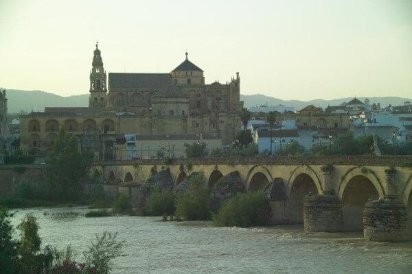 Andaluzja wycieczka samolotowa