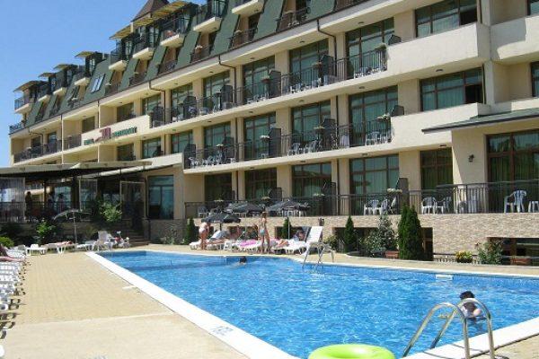 hotel-julia-sv-vlas