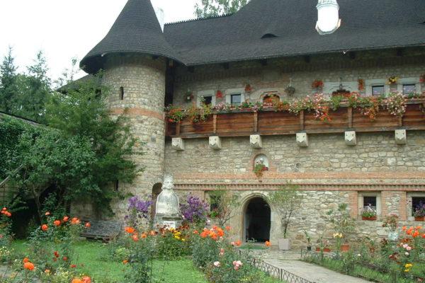 klasztor-moldovita