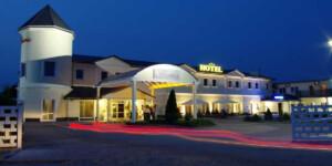 świetny hotel nawczasy lub ferie blisko Bieszczad któryakceptuje bony turystyczne