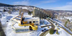 świetny hotel wŚwieradowie-Zdroju zaquaparkiem nawczasy lub ferie zimowe akceptujący bony