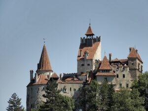 tania wycieczka po Rumunii z dobrym programem i z głównym wyjazdem z Krakowa
